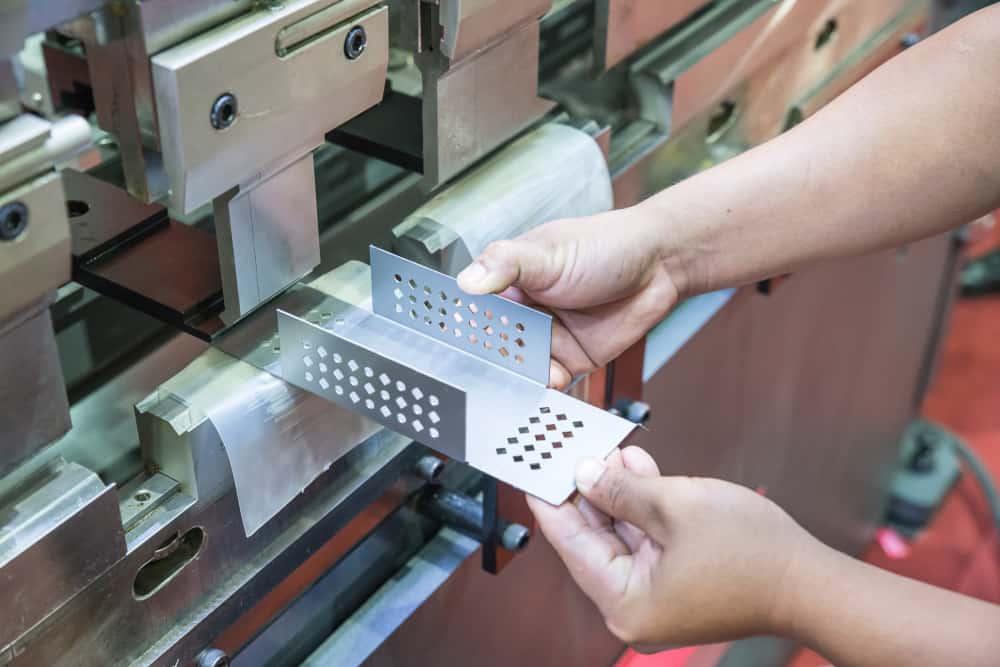 Working CNC Press Brake