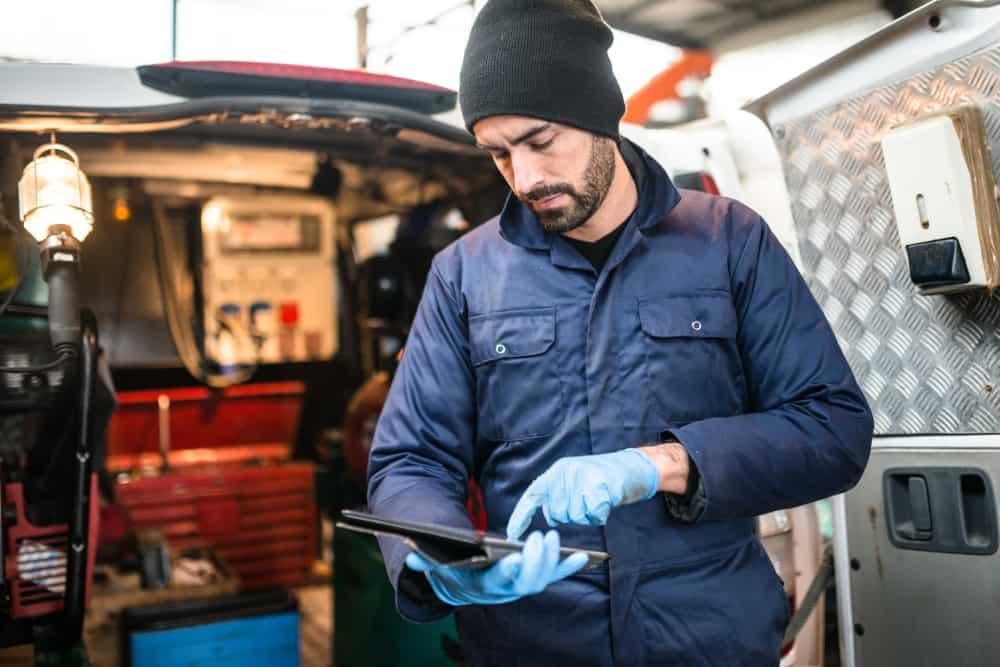 mechanic technician
