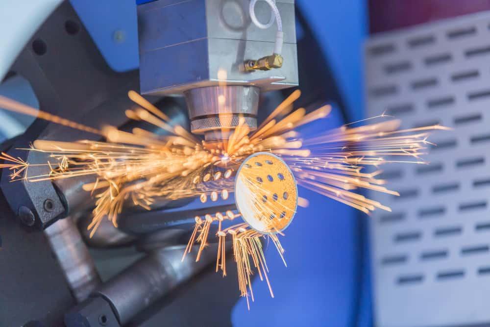 CNC Laser cutting metal pipe